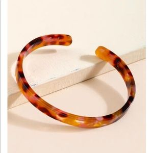 Francesca's collections noemi pink tortoise cuff